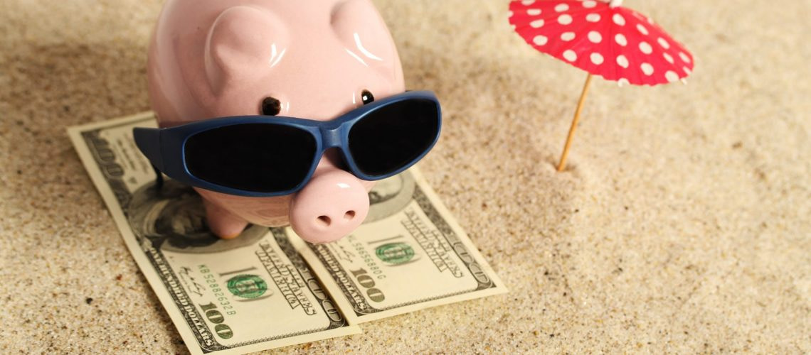 FREE-Spending-Money-When-you-Book-with-Holiday-Hamster-2048x1024